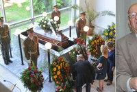 Pohřeb advokáta sériových vrahů: To není závěrečná řeč, ale odročení na neurčito!