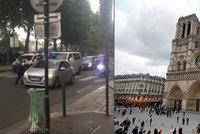 Útok kladivem u pařížské katedrály Notre-Dame. Policie odpověděla střelbou