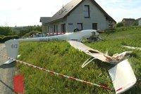Na Svitavsku dnes spadl větroň, pilot utrpěl lehčí zranění