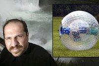 Muž se vrhl do Niagarských vodopádů v nafukovací kouli. Tělo našli po 2 měsících