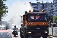 Vlna veder trápí Česko i sousední země. Hrozí ničivé požáry