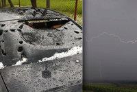 Silná bouřka zavlekla na sever Čech i centimetr velké kroupy. Sledujte radar