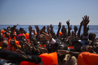 """Lídři stran ladili """"migrační"""" taktiku do Bruselu: Kvóty a pokuty nebrat"""