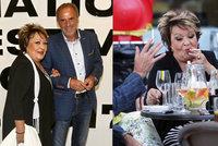 Jiřina Bohdalová řádí ve Varech: Znovu se dala na kouření!