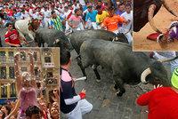 Býci nabrali na rohy Američany, Španěla těžce zranili. Pamplona ožila fiestou