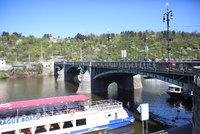 Stopka pro výletní lodi: Kvůli suchu asi v létě nebude sjízdná ani vltavská kaskáda