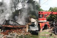Výbuch plynu a požár rodinného domu na Mělnicku! Na vině je zřejmě lahev propan-butanu