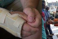 Přítel Lenky napadené v Hurghadě: Křičela a on ji bodal. Všechno jsem to viděl