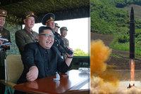 """Kimovy rakety selhaly, mohou za to motory z Ukrajiny? """"Nesmysl,"""" brání se Kyjev"""