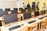 Škola hrou v pojetí 21. století: V učebnách Prahy 8 čeká na žáky překvapení