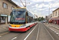 Ochromení tramvají v centru Prahy: Kvůli závadě pantografu nejezdily z Jindřišské na Lazarskou