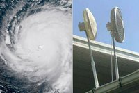 Hurikán Irma odvaneme větráky, hecovali se Američané. Nápadů měli víc