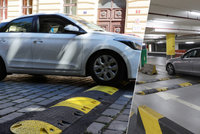 Hluk a znečištěný vzduch: Retardéry mohou i škodit, Praha se jim snaží vyhýbat