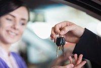 Patnáct elektromobilů pro Pražany: Půjčit si ho za kauci 2000 Kč může každý