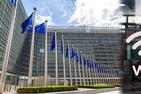 "Internet zadarmo v MHD i parku: Veřejné ""wifiny"" za miliardy zadotuje Brusel"