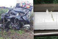 Pohřeb nejmladší oběti z nehody českého kamionu: Julii (†28) pochovali v bílé rakvi