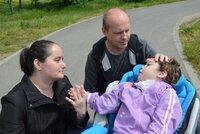 Lucinka je postižená kvůli zakázanému chvatu při porodu? Rodina se soudí 7 let