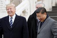 Trump opět hrozí vyššími cly pro Čínu. Jako ultimátum dává setkání se Si Ťin-pchingem