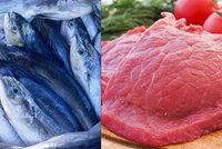 """Páchnoucí """"překvapení"""" v Sapě: Veterináři našli nelegální sklad se zkaženými rybami a dalším masem"""