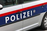 Českého pašeráka (23) lidí zadržela policie: Do Rakouska se snažil dostat uprchlíky z Afghánistánu