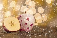 Vánoční magie: Přivolejte si ochranné kouzlo pomocí jablka
