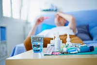 Chřipková epidemie v Praze: Počet nemocných klesl, zákazy návštěv v nemocnicích platí dál