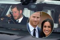 Princ Harry poprvé představil snoubenku Meghan královské rodině: Vánoční oběd u královny!