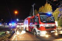Přes 40 hasičů v akci: Na Rokycansku hoří hektar lesa!