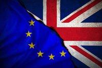 """Živě z redakce Blesku: Británie odmítla """"divoký"""" brexit. Odejde s dohodou?"""