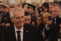 Zeman zostra na Hradě: Blbí ministři s demisí a Dubček podělaný hrůzou
