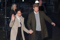 Princ Harry vyvedl Meghan: Zakrývalo volné oblečení těhotenství?