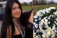 Sylvii (†24) pohřbili i s nenarozenými dvojčaty: Před smrtí je stihla pojmenovat!