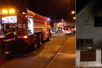 V Průhonicích hořel rodinný dům, škoda je milion korun. Hasiči vyhlásili druhý stupeň poplachu