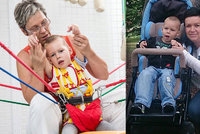 Pomozte postavit Martínka na nohy: Chlapečka hned po porodu museli oživovat, teď trpí vážným postižením
