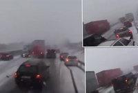 Vánice proměnila D1 ve vrakoviště: Video z kabiny zachytilo děsivou nehodu!