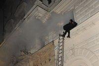 Sobotní požár hotelu v Náplavní ulici v centru Prahy se do dějin zapíše  jako ten nejtragičtější. Na místě zemřeli dva lidé 51e239db39