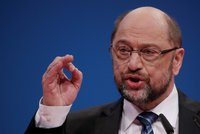 """""""Horní hranice pro uprchlíky nebude."""" Schulz jde jednat o vládě s Merkelovou"""