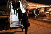 Babiš bez Moniky odletěl do Davosu. Na fóru chce poznat nové spojence