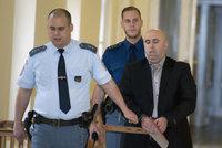 """Vražda v centru Prahy: """"Střílel můj bratr, byli jsme si podobní,"""" hájí se obžalovaný Albánec"""