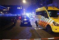 Maskovaní muži v Amsterdamu zastřelili mladíka. Zraněné je zřejmě i dítě