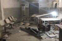Letadla v Sýrii zaútočila na podzemní nemocnici. Zůstaly z ní jen trosky