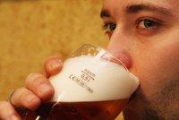 Stačí pít víc než pivo denně a život se vám dost zkrátí, varuje studie