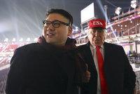 """""""Trump"""" dorazil na olympiádu po boku """"Kima"""". Ochranka oba dvojníky vyhodila"""