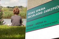 Daniel (3) přišel o tátu, sirotčí dávku nedostal. Bez peněz končí v Česku stovky dětí
