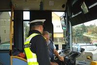 Řidič autobusu v Šumperku jezdil opilý: Policisté mu naměřili 2,5 promile