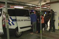 Pražští celníci zjistili nelegální pracovníky na stavbě. Většina jich byla ze zahraničí