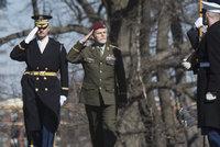 """""""Američané si pečlivě vybírají."""" Ocenění pro generála Pavla je podle exkolegy mimořádné"""