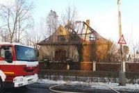 Tragédie na Písecku: Při požáru rodinného domu zemřeli dva lidé