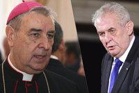Zeman předá metál zástupci Vatikánu v Česku. Hrad ale zamlčel důležitou věc