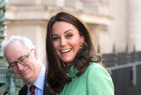 Královský porod se blíží? Vévodkyni Kate převezli do nemocnice!